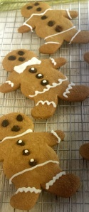 Gingerbreads decorados - fonte: do forno para a mesa, Ed. Publifolha